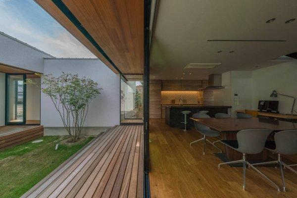 建築実例:回廊の家