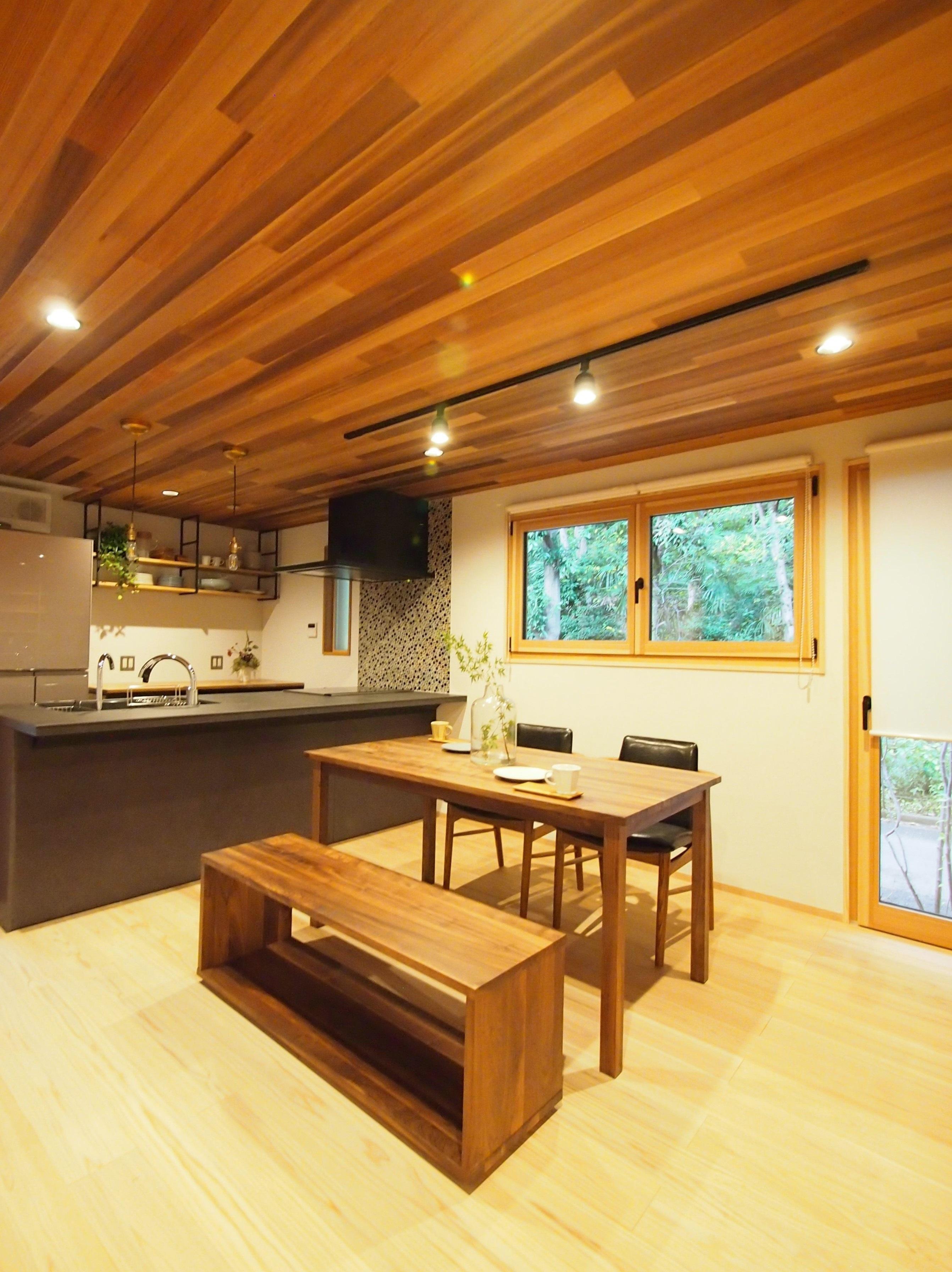 モデルハウス 森の家