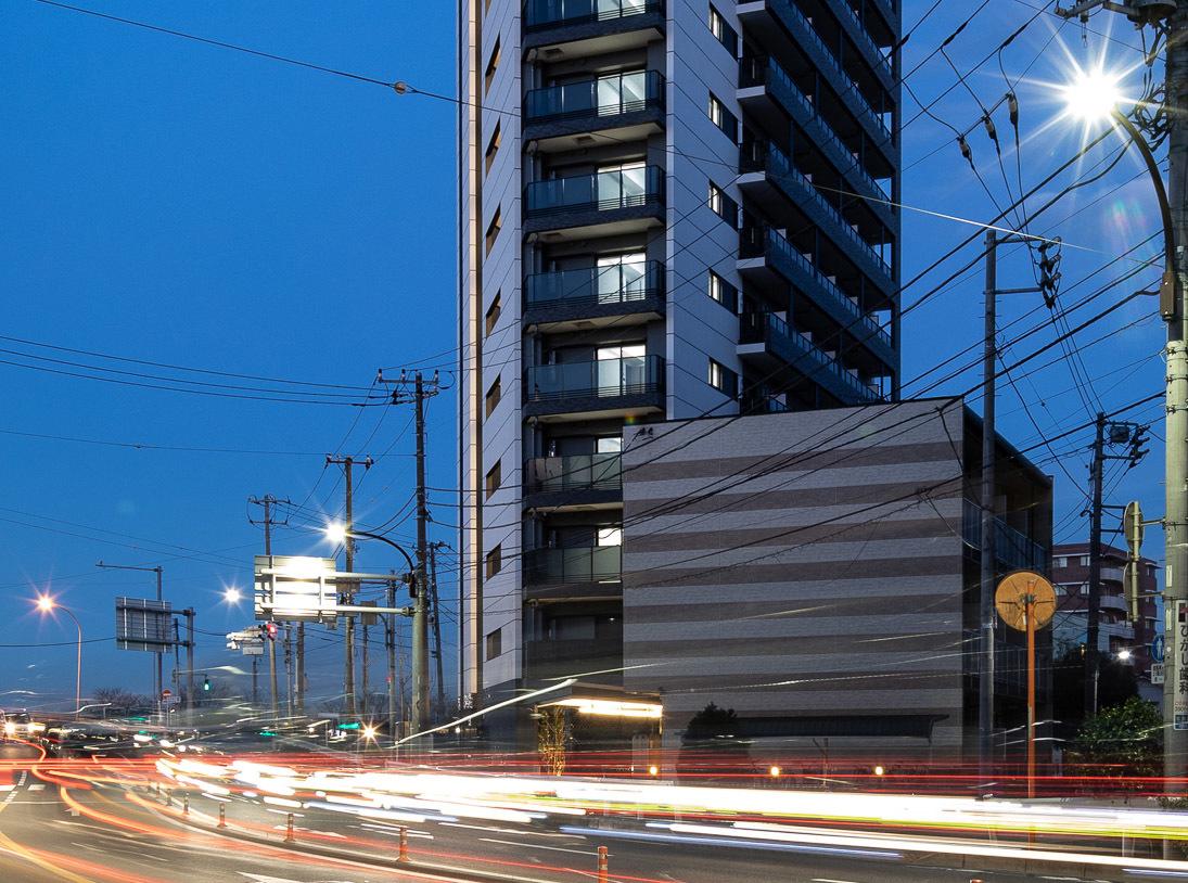 デザイナーズ賃貸マンション 目地を統一させ板の構成を際立たせる